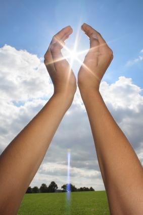 hand-over-sun