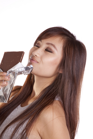 woman-and-chocolate