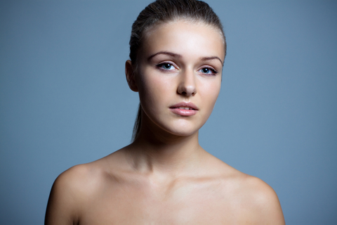 woman-lustrous-skin