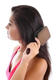 woman-brushing-hair2
