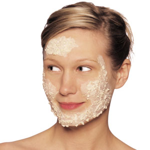 women-with-mask-on-face