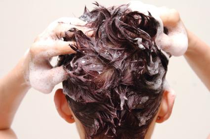 woman-shampooing.jpg