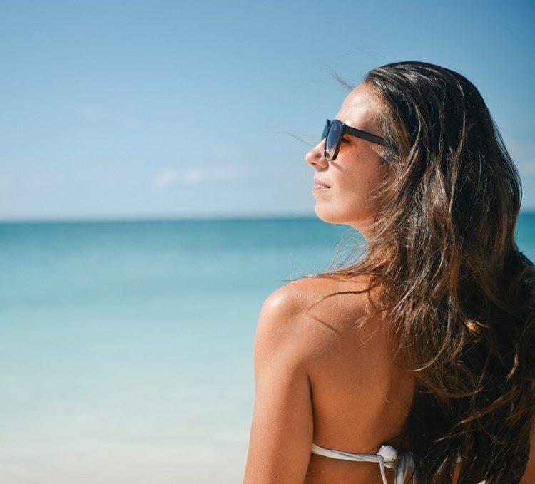 girl on beach pixabay